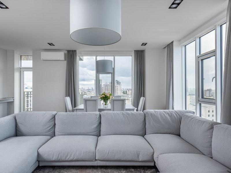 Κουφώματα αλουμινίου για υψηλή ασφάλεια στο σαλόνι